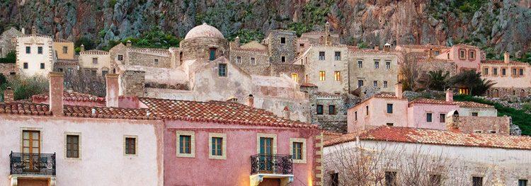 2_Peloponnesus-roze-huizen